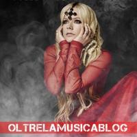 """Avril Lavigne: """"Mi sono innamorata del diavolo"""""""
